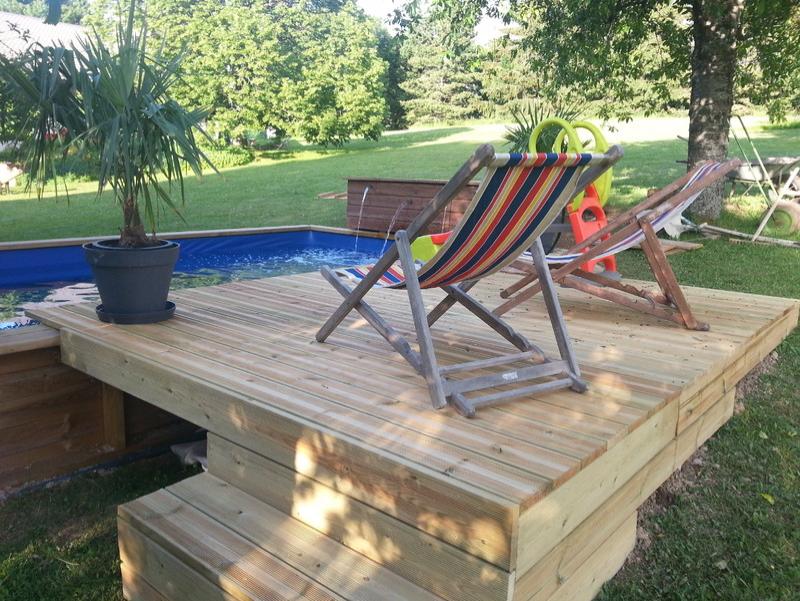 Piscine en bois sur mesure # Terrasse Bois Sur Pilotis Avec Piscine