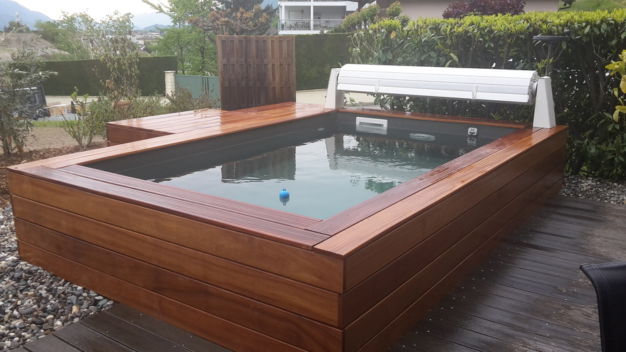 terrasse bois mini piscine. Black Bedroom Furniture Sets. Home Design Ideas