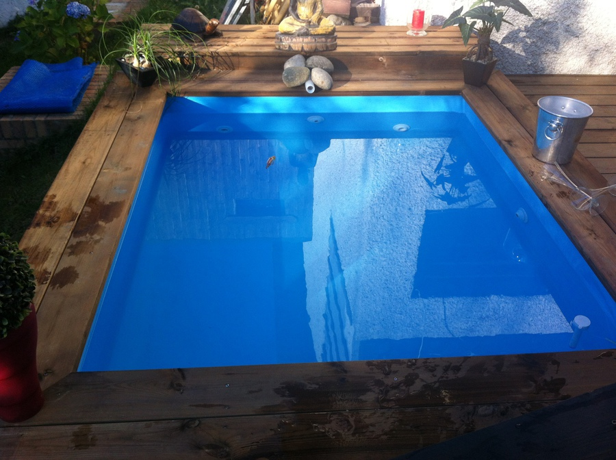 Mini piscine hors sol bois interesting superbe terrasse - Mini piscine gonflable ...