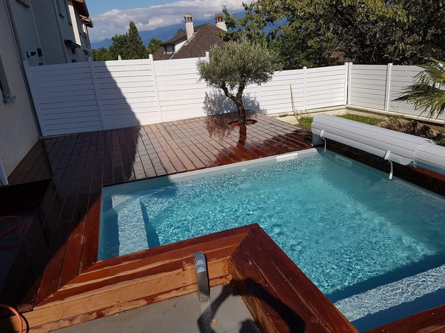 terrasse bois avec piscine hors sol. Black Bedroom Furniture Sets. Home Design Ideas